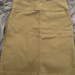 Army green tight fitting thigh length skirt